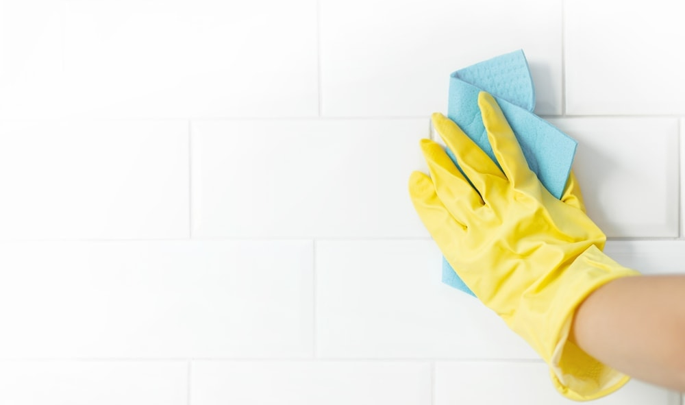 cleaning grout in shower