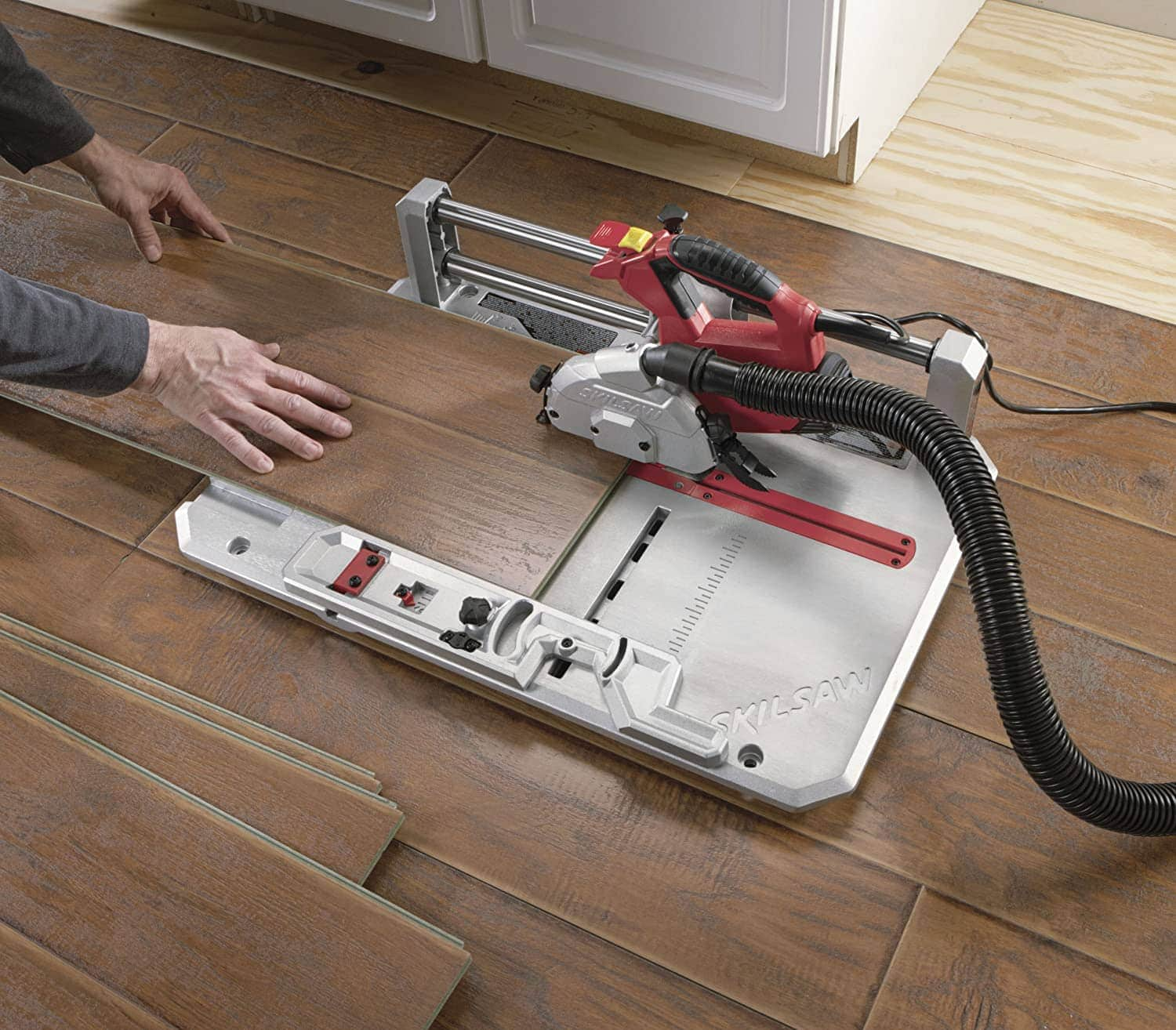 8 Best Laminate Floor Cutters Of 2021, What Kind Of Saw To Cut Laminate Wood Flooring